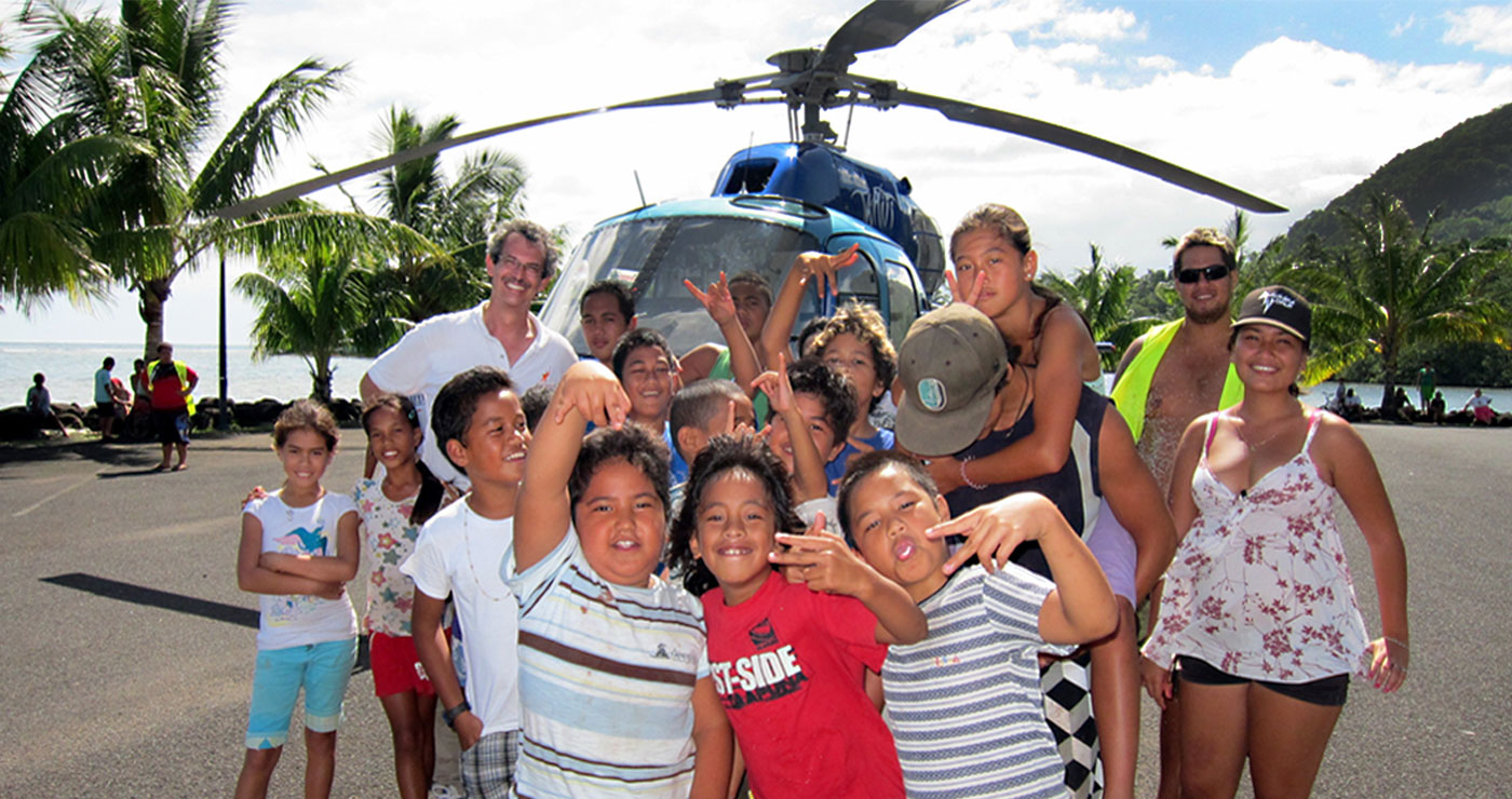 Leo-Tahiti-Kids-Helicopter.jpg